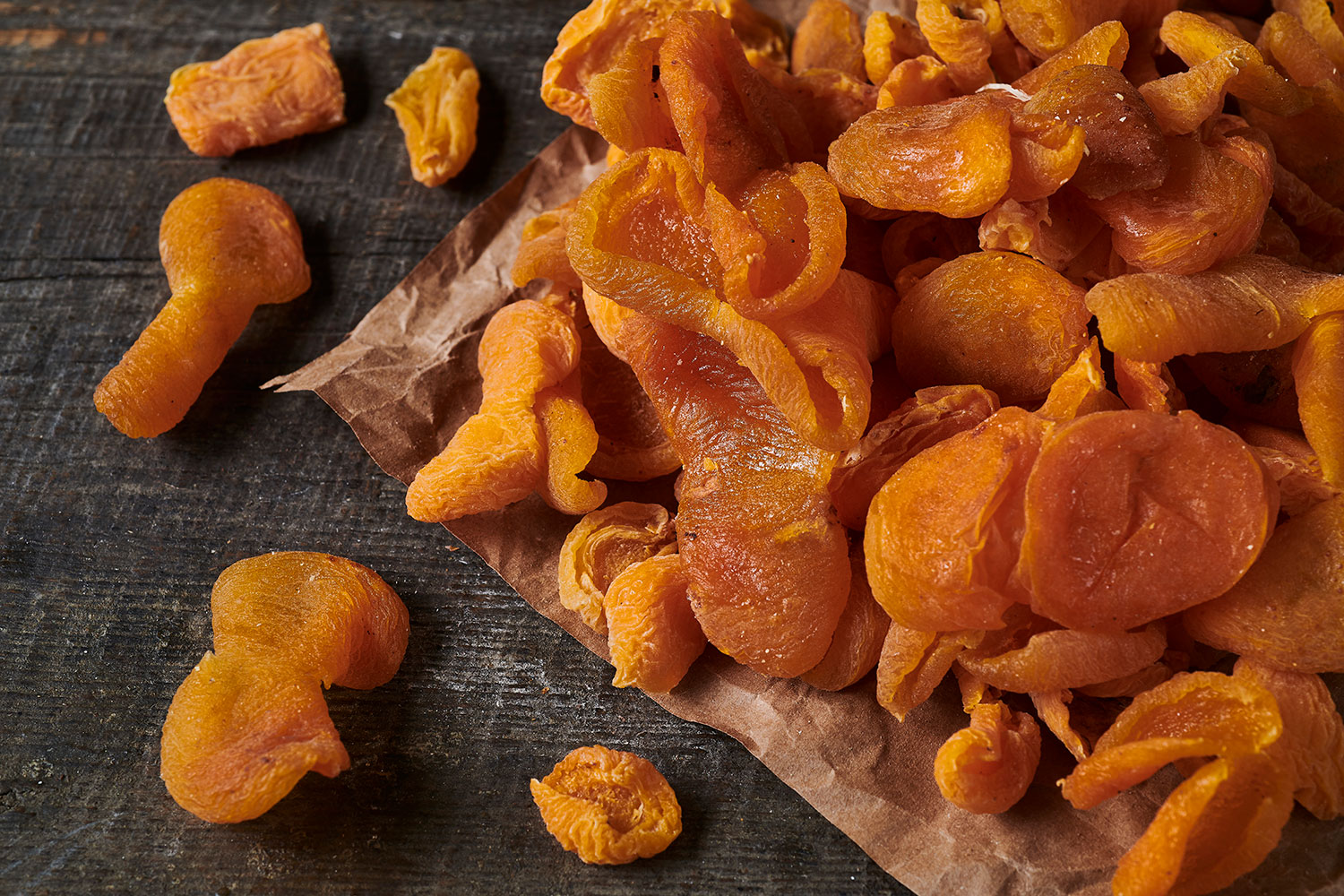 Dried Apricot in Halves ( Sweet)