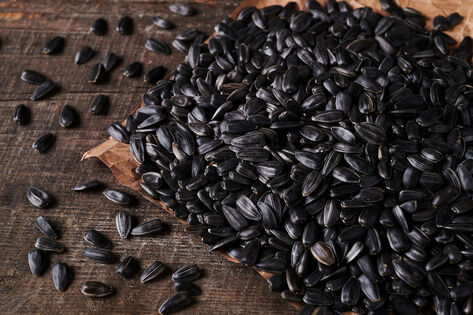 - Roasted Unsalted sunflower seed from village